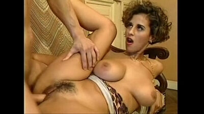 An Italian babes own masseuse by thirsting thirstlust