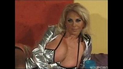 Beautiful MILF Sucking and Riding Dick