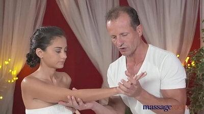 Petite gdal massages a cock