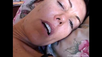 Sexy brunette milf anal pounded