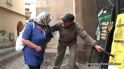 Granny Loves to Suck Dicks