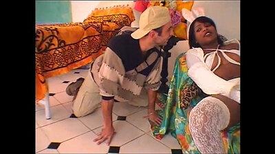 Candila Oxobanes tits into a young Brazilian beaver