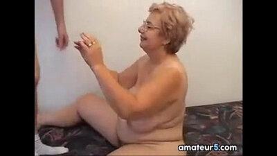 My grandma loves spicy ramming