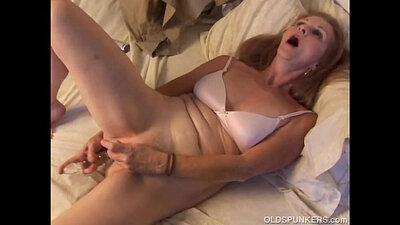 Bhabhi hairy mature amateur orgasm