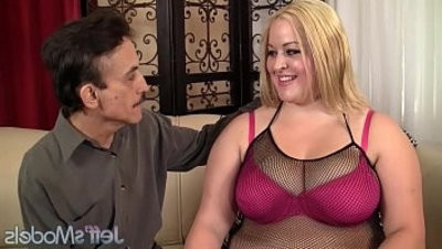 ash blondee plumper Star Staxx is fucked real good