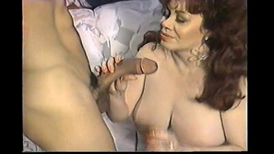 Passionate lapdog fuck from her lips