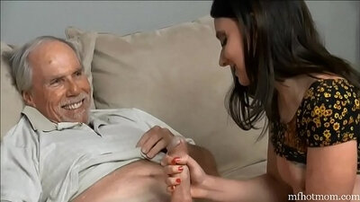 Dad discovers secret of young boy healing