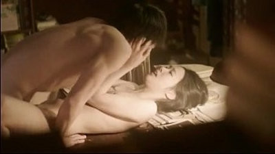 Kim Go Eun in Eungyo Korean Nude Scene