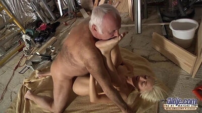 blowjob and facial cum on stepdad for again