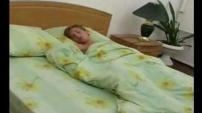 Hot mommy woke up her sleeping youthfull son