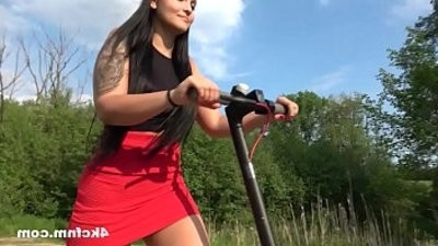 Pervert Grandouble penetrationa Wanked By Teen Outdoor