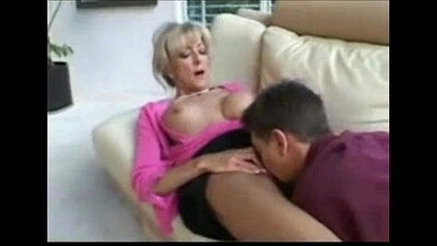 Pic of mature hottie nailed while sucking dick