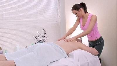 Alexa Stark gets a pussy massage