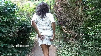 Curvy Black Babe Sucking Schlongs And Railed Outdoors In Public