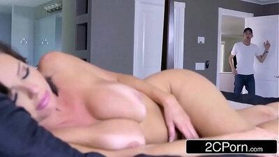 Busty MILF Loves Big Cock Tak