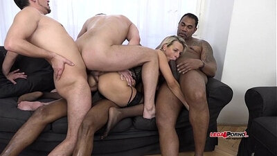 BIG TIT CINDY STONEY INTERRACIAL MILF GETS PENETRATING HARD TURN AFTER PARTYED HANDSHI