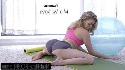 Numanholeles porno Mia Malkovas Yoga Fuck hd flick