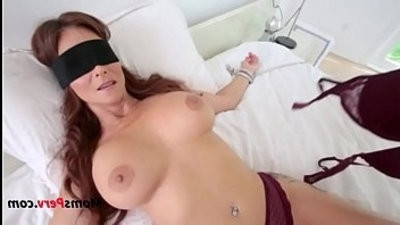 Blindfolded Mommy Thinks Its Her Hubby