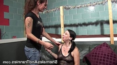 Femasculine deepgulletranssexual shemasculine dick