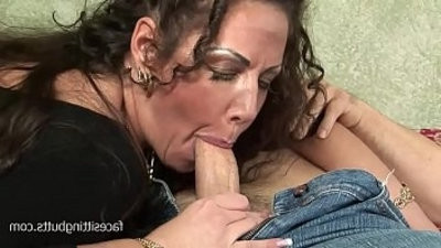 Paranoid wifey apologizes to her hubby with long hard fuck