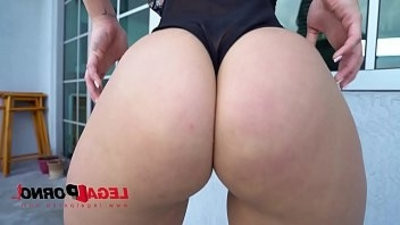 Fat ball sac Booty from Miami Kelsi Monroe very first time DP on LP Best fuck of her Life!