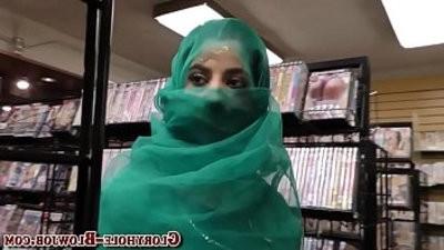 Arab babe deep throatranssexual black rod