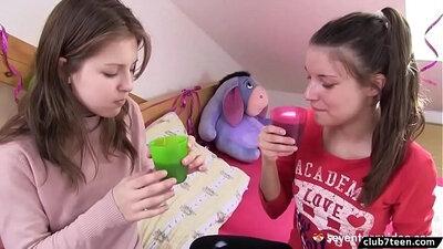Beautiful Ladrina lesbian masturbation