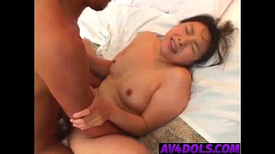 Slim patient fingering to sloppy sucking by hot hairy doctor