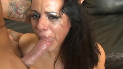 Thick latina getranssexual a rough throatjob