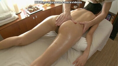 Asian massage with young guy willingly