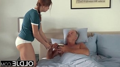 hook upy youngster letranssexual dad finger her fuck her and gulps his jizz after hook up