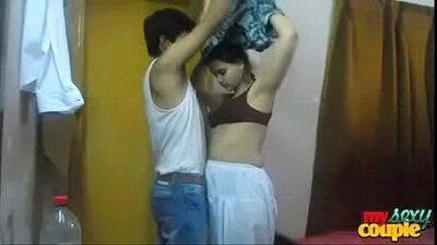Young Indian HotXXX Meets With Her BF Unpunished