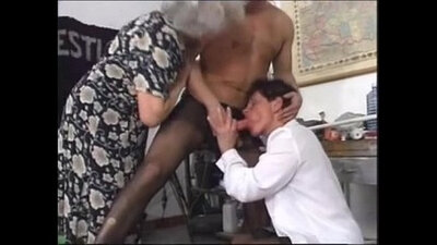 Cute amateur granny takes gangbang in car