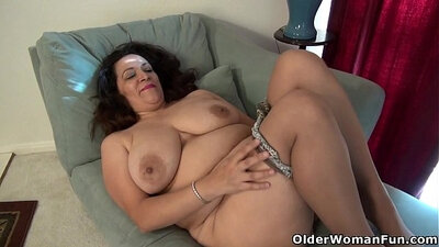 American MILF cums in my Hotwife