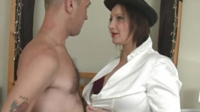 Busty Cop Hollie boobisexualeson Get All slotranssexual Filled