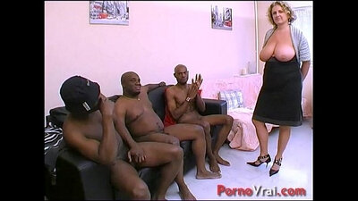 Amateur sexy french mom caught Squirting ebony princess
