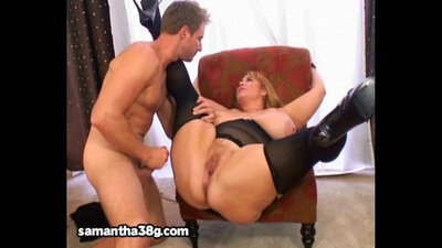 Chubby Milf gets a chance to be a model