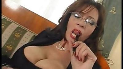 Mature busty secretary hook up