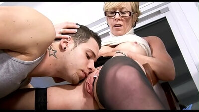 Madison Ivy Mother to Play