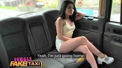 Booby chick playing with pussy in taxi cam