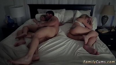 Allies Step Daughter Cleans Mom With Her Dads Juice