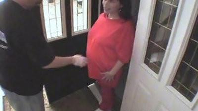 Pregnant latina maid fucked