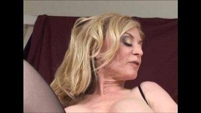 Cougar Nina Hartley in fleshlight playing